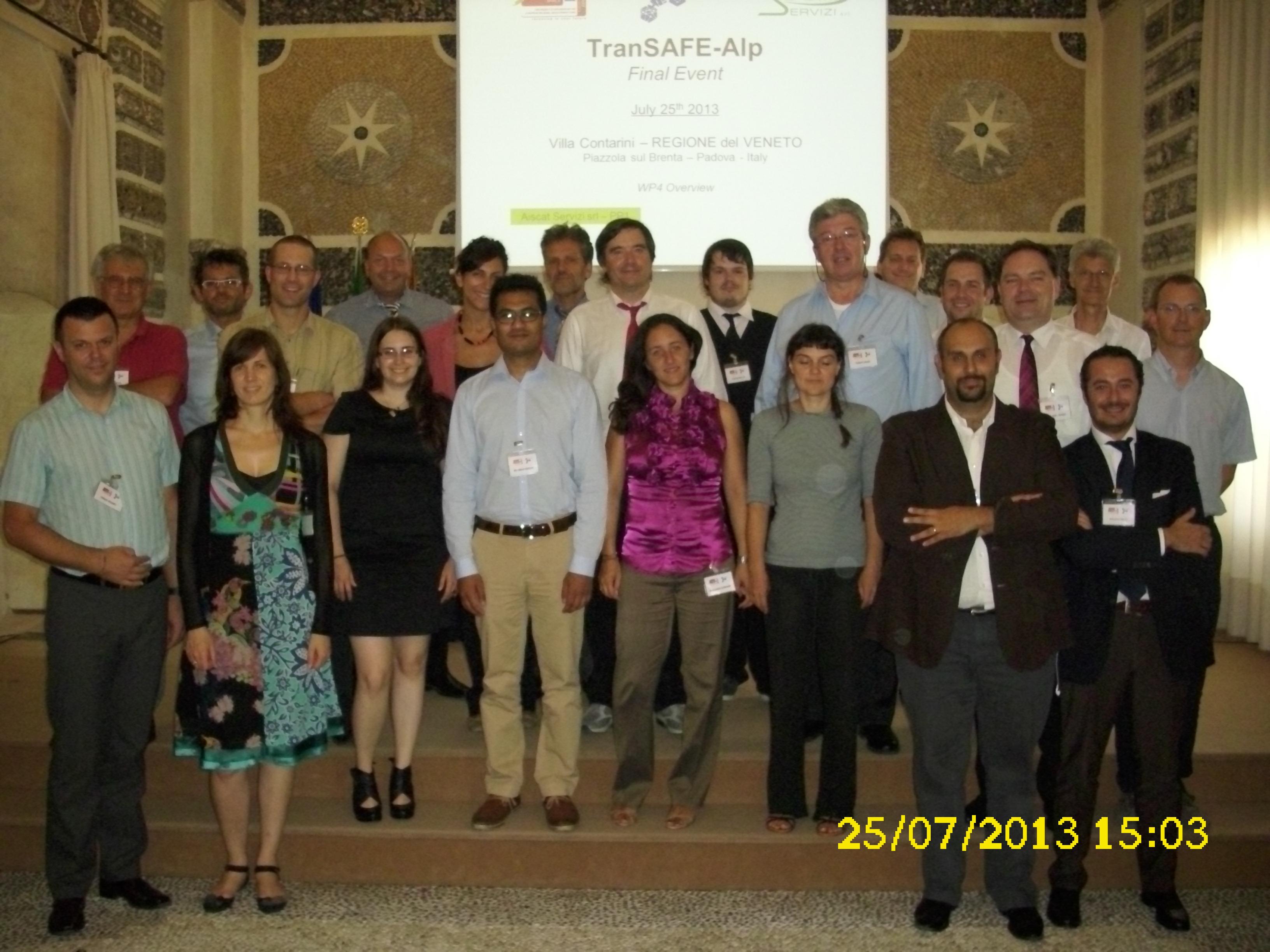 Gruppenbild zur Abschlussveranstaltung von TransSAFe-Alp in Venedig, Italien